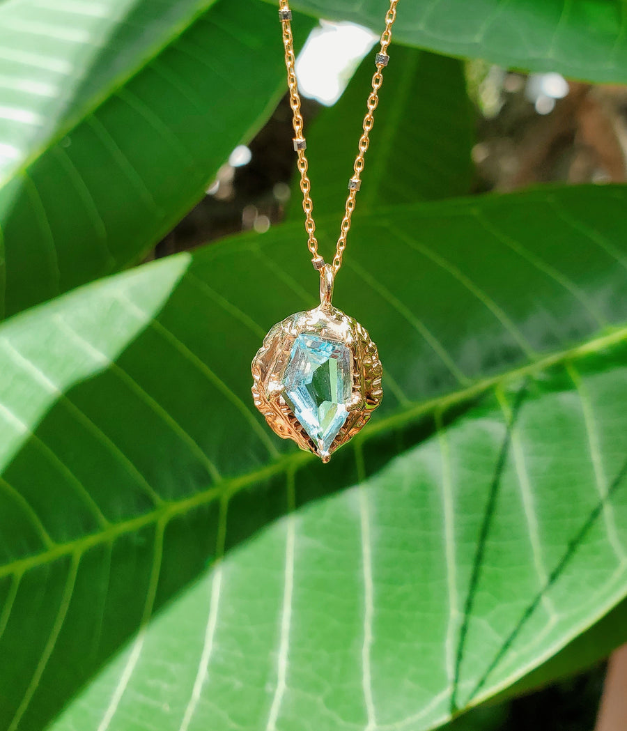 Guardian Aquamarine Shield Necklace II