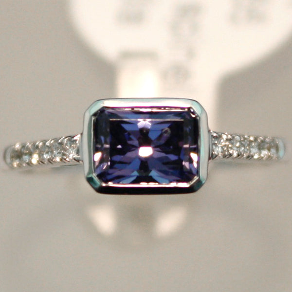 White Gold Blue-Purple Spinel Ring with Diamonds
