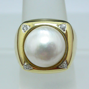 Vintage 14K Yellow Gold Mabe Pearl Diamond Ring