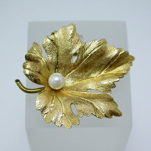 14K Yellow Gold and Pearl Leaf Pin