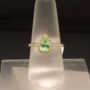18K Yellow Gold Mint Green Garnet and Diamond Ring