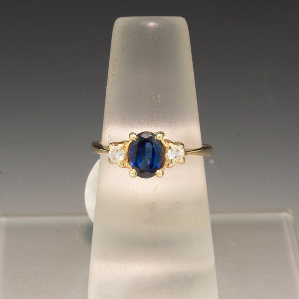 Vintage 14K Yellow Gold Blue Sapphire and Diamond Ring