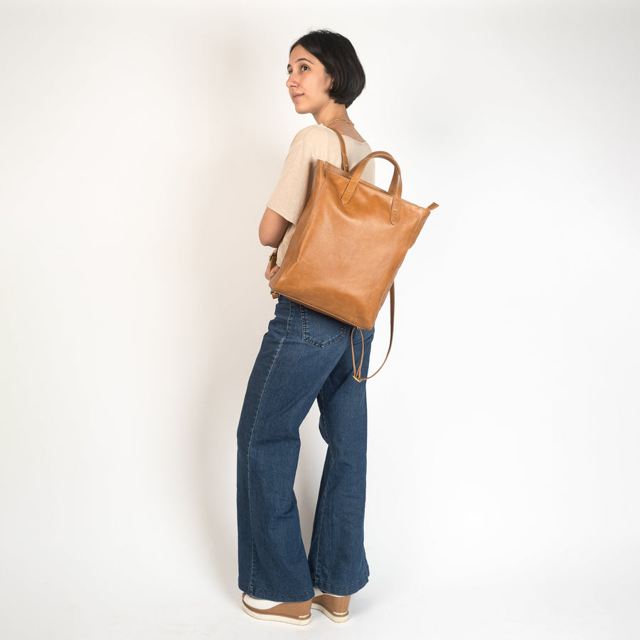 Tote Pack in Camel Leather