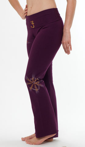 Yogamasti - Om Yoga Pants Hand Painted Burgundy - Yoga Studio