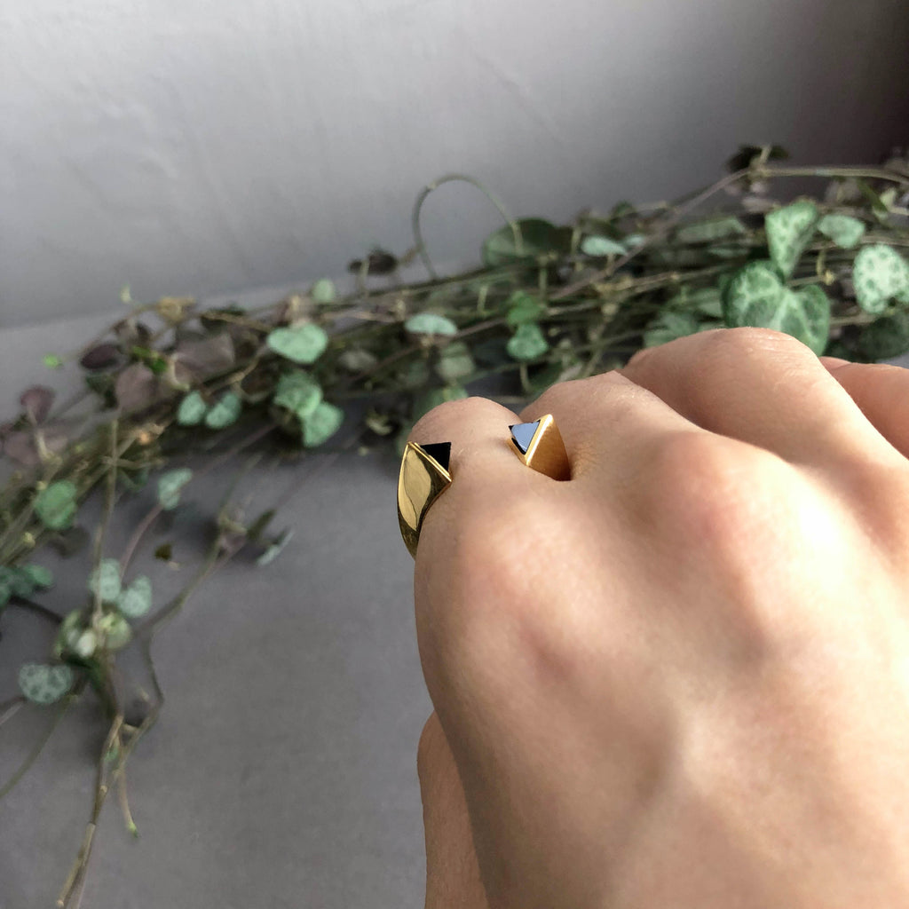 SALE - Tetra Onyx Ring Gold