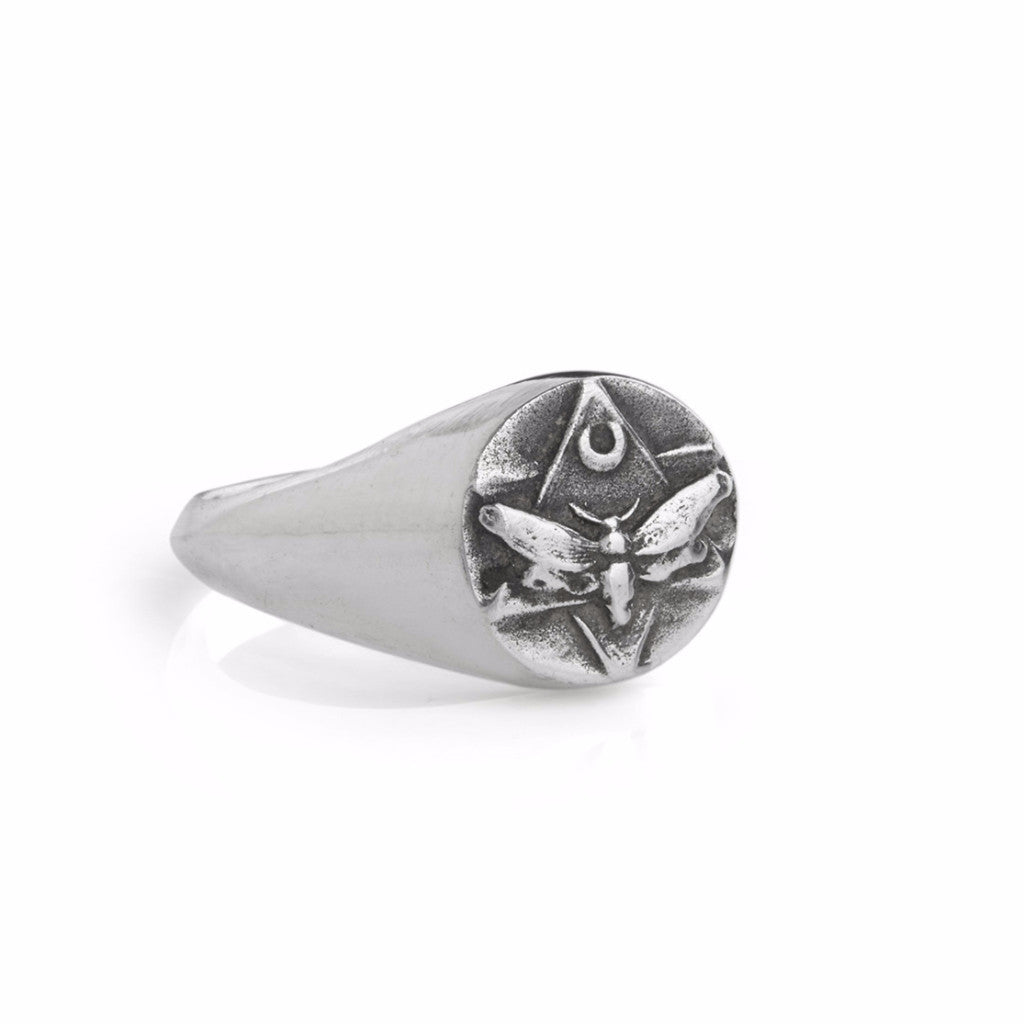 The Lunar Pinky Signet Ring Silver