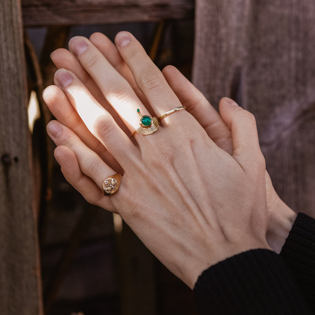 Interstellar Ring Gold - Green Onyx