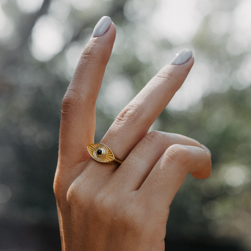 Rays Of Light Ring Gold - Black Onyx