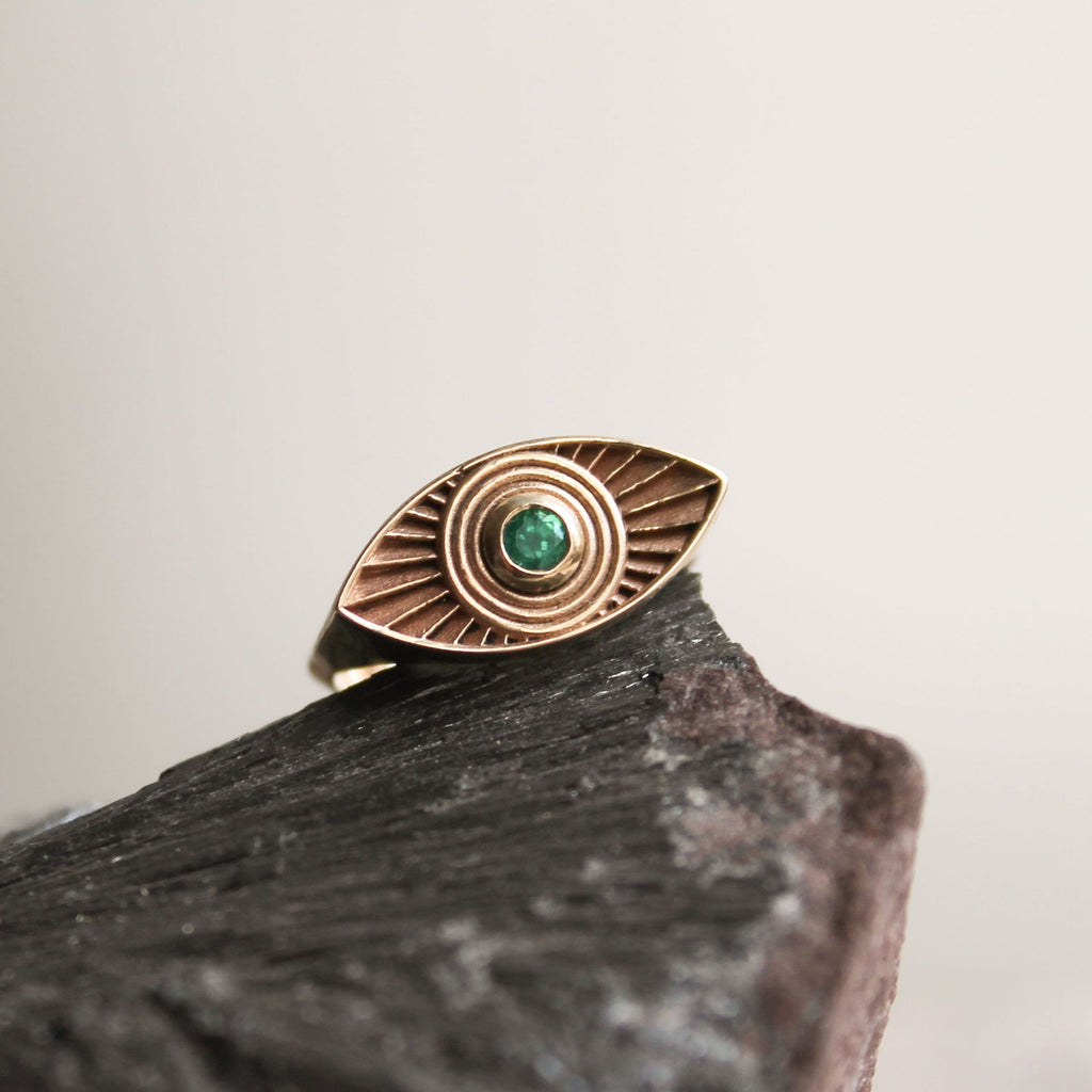 Solid Gold Rays Of Light Ring with Emerald Stone