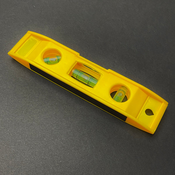 The LoliVefe Spirit Level - 6""