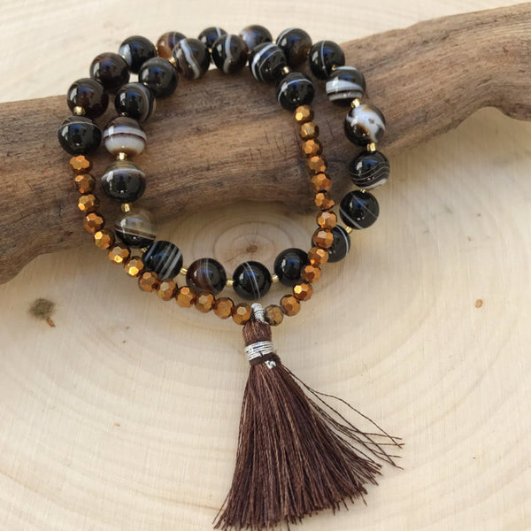 ** ONLY 3 LEFT ** Courage and Strength - Agate Wrist Mala