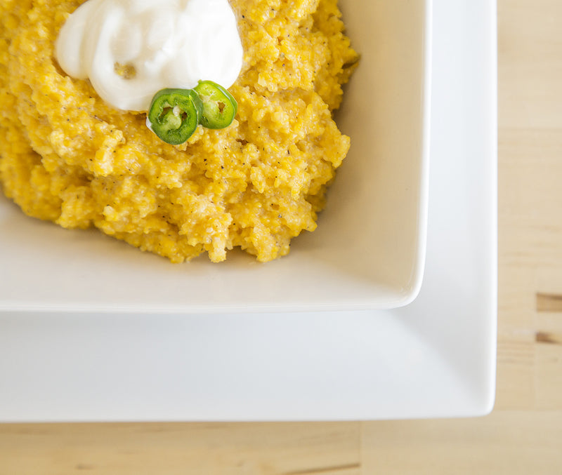 Cheddar Cheese Grits with Green Chilis