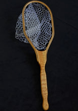 Load image into Gallery viewer, Quilted maple trout net