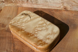 "4x6"" Birdseye maple Fly box with compartments and rippled foam"