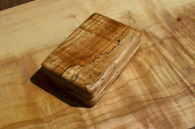 "Load image into Gallery viewer, 4x6""Spalted Maple fly box"
