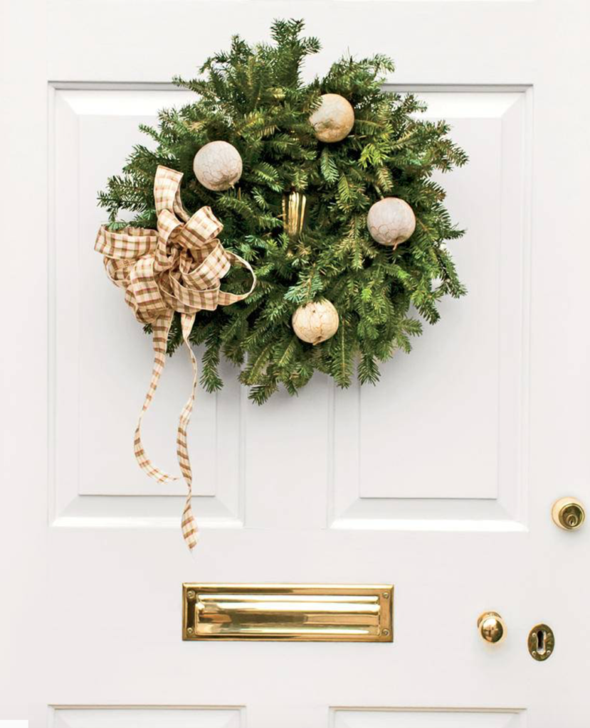"So pretty!  (<a href=""https://www.southernliving.com/food/holidays-occasions/25-christmas-wreaths?slide=158770#158770"" target=""_blank"">Southern Living</a>/Robbie Caporetto.)"