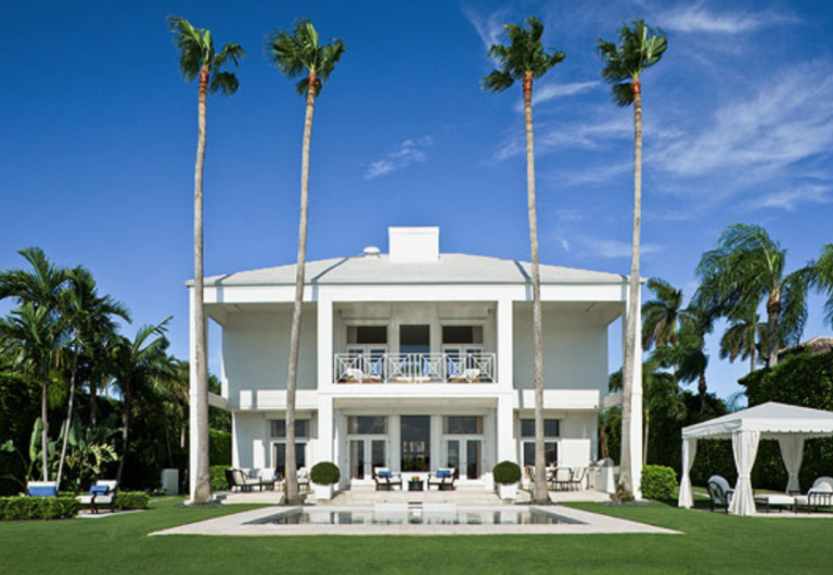 "How about this one? Green grass, palm trees and a perfect beachfront home. (<a href=""http://www.traditionalhome.com/"" target=""_blank"">Traditional Home</a>/Robert Brantley)"