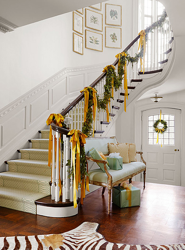 "Set the stage with <a href=""http://www.traditionalhome.com/design/beautiful-homes/light-and-bright-holiday-style-tudor?page=1"" target=""_blank"">a drama-filled foyer</a>.  Photo: Werner Straube."