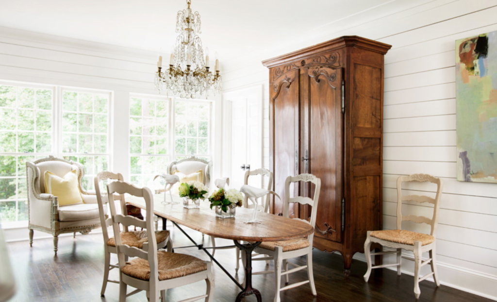 "More from the Nest via <a href=""https://atlantahomesmag.com/article/feathering-the-nest/"" target=""_blank"">Atlanta Homes and Lifestyles</a>/Erica George Dines."