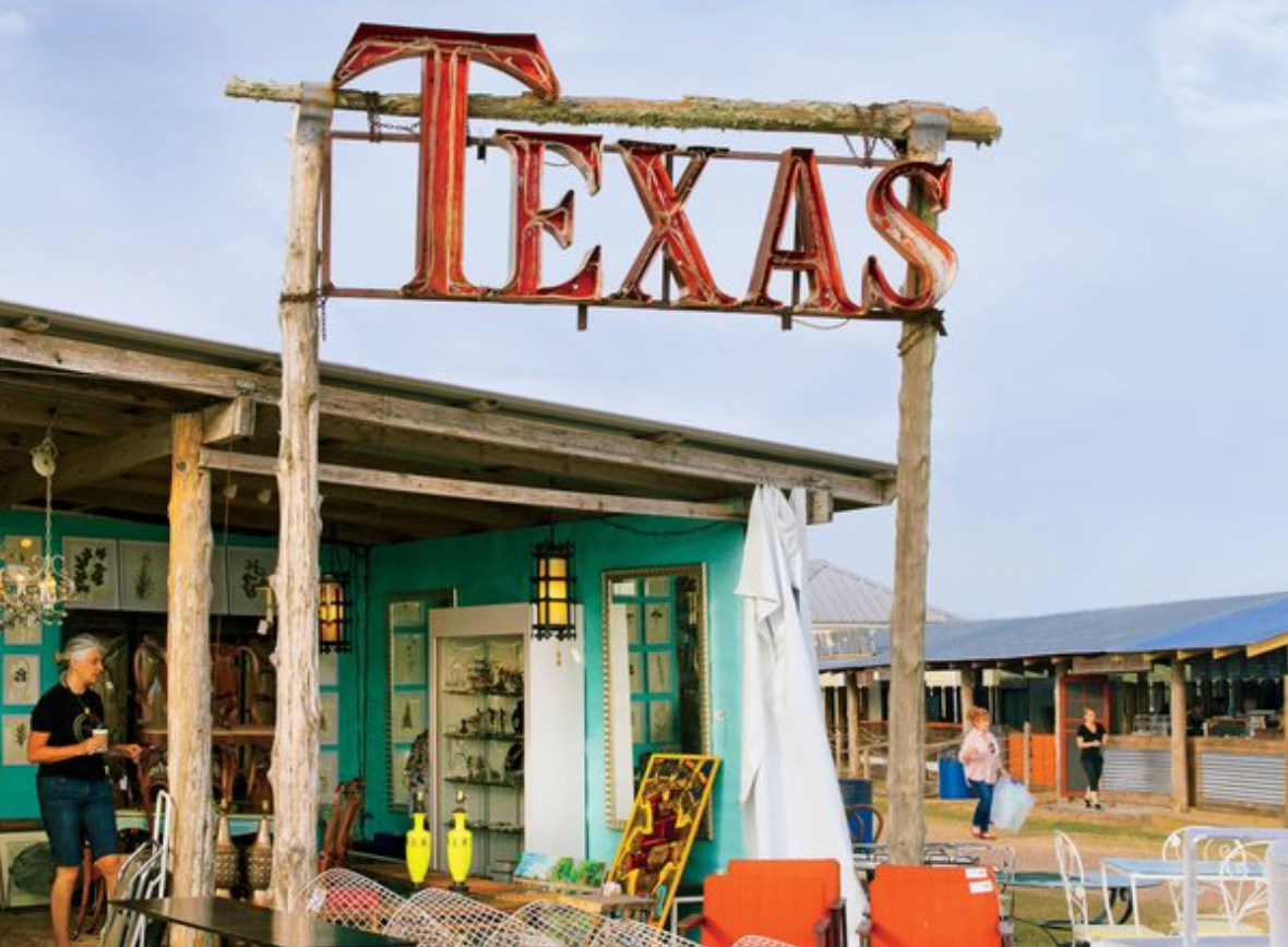 Howdy and welcome to Texas! (Marburger Farm/photo: Southern Living - Wynn Myers)