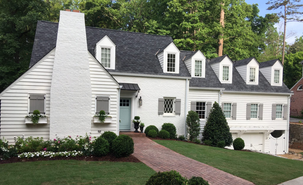 With her inimitable taste and a great team of builders, she took it right where it should be. Atlanta Homes & Lifestyles, who published the photos, said they still get asked weekly about the paint colors !