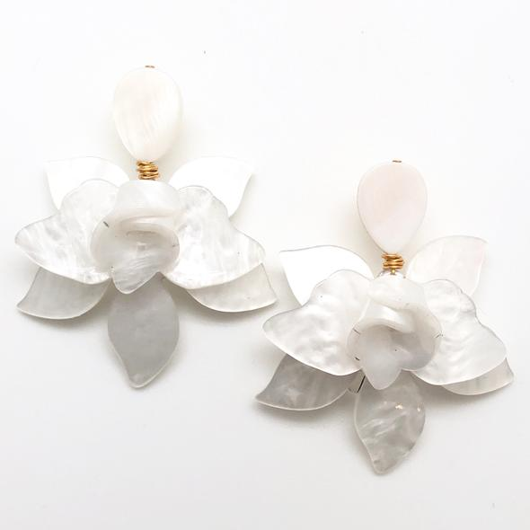 Shiver and Duke Lily Earrings in White