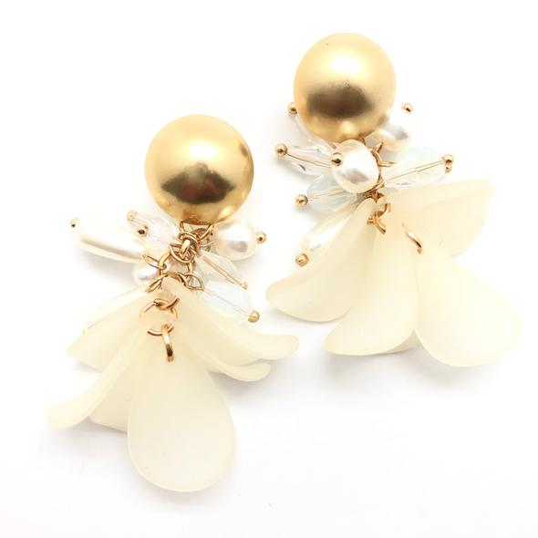 Shiver and Duke Pearl Petal Earrings