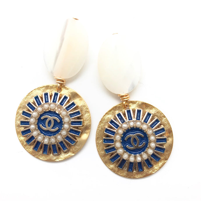 Shiver and Duke Designer Pearl Earrings in Navy