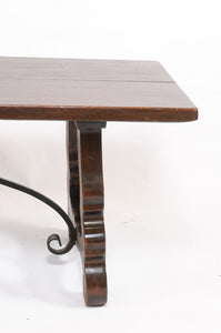 Early 20th Century Oak Table with Solid Carved Legs and Iron Trestle