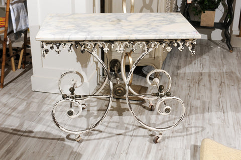 French 1920s White Painted Iron Pastry Table with Marble Top and Brass Accents