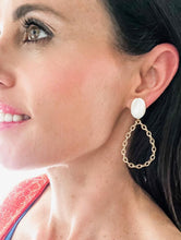 Load image into Gallery viewer, Shiver and Duke Chain Link Earrings