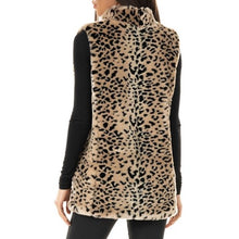 Load image into Gallery viewer, Cheetah Faux Fur Hook Vest