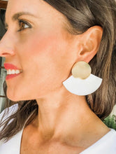 Load image into Gallery viewer, Shiver and Duke Coco Earrings
