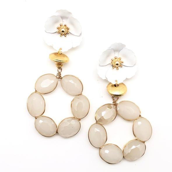 Shiver and Duke Daisy Stone Earrings