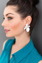 Load image into Gallery viewer, Shiver and Duke Dogwood Studs in White