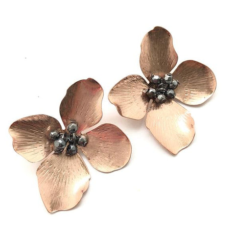 Shiver and Duke Jane Flower Stud Earrings