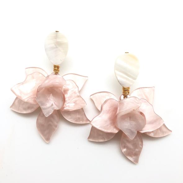 Shiver and Duke Lily Earrings in Pink