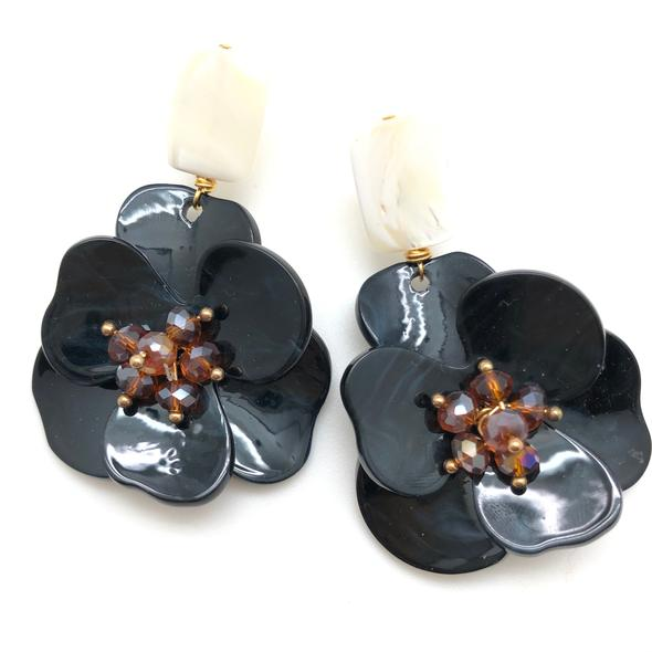 Shiver and Duke Molly Earrings in Black