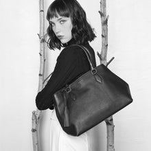 Load image into Gallery viewer, Loxwood Pamina Shoulder Bag in Licorice