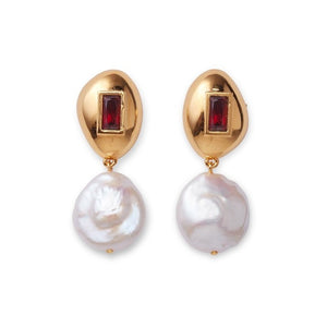 Lizzie Fortunato Royal Pearl Earrings