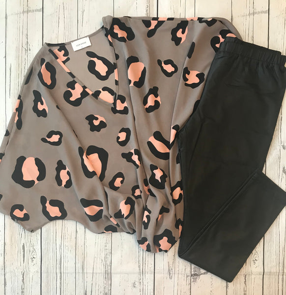 Animal Crepe Oversized Top