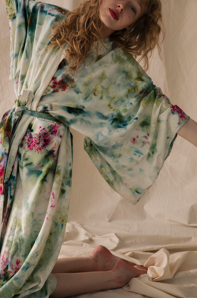 Raw silk robe in Garden Party