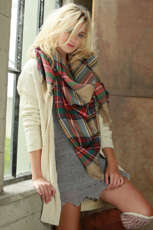 Heart Breaker Blanket Scarf - Beige - Collette
