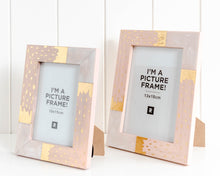 Load image into Gallery viewer, Fluer frame - 17x22cm