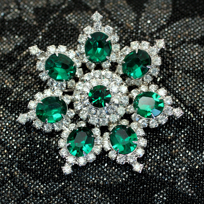 e754c3626 Brooches Archive – Page 5 – Pippin Vintage Jewelry
