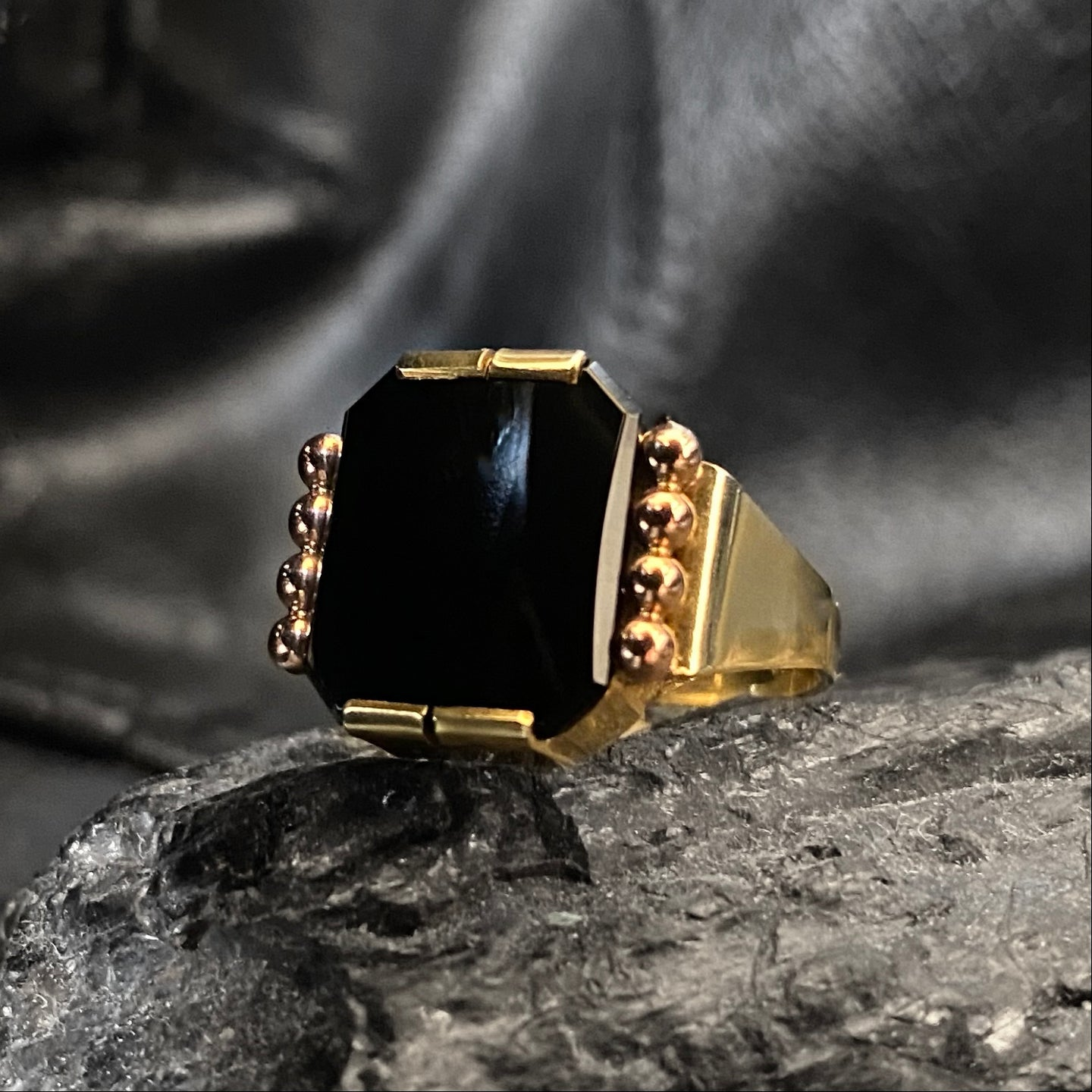 Art Deco Onyx Ring c1930
