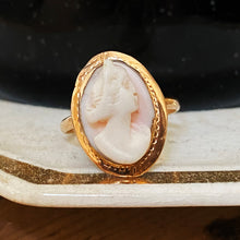 Queen Conch Cameo Ring c1920