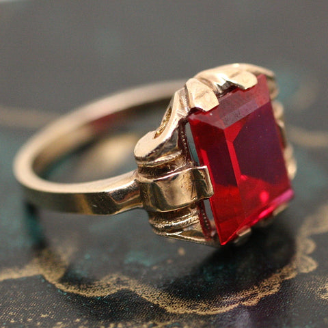 1930's 10K Synthetic Ruby Ring