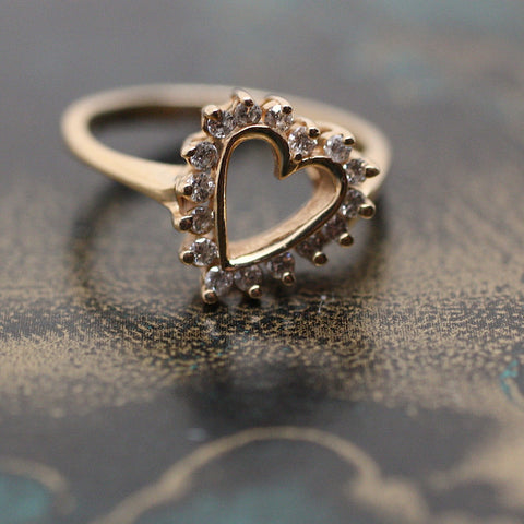 Circa 1980 14K & Diamond Heart Ring