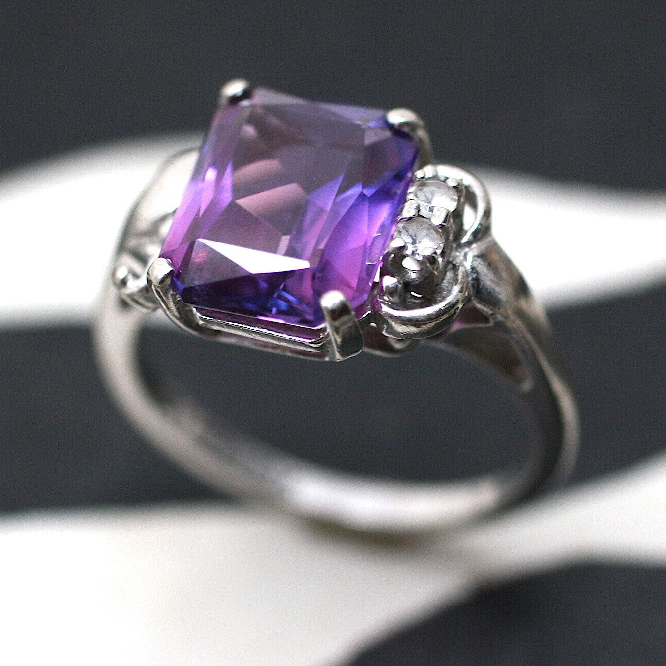 Circa 1950 10K Synthetic Alexandrite & White Sapphire Ring